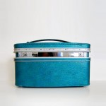 vintage-twiggy-train-case-1